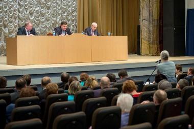 Руководители Большого Подольска провели встречу с жителями