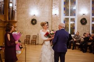 В завершении концерта выступила заслуженная артистка Республики Хакасия, солистка знаменитого Центрального военного оркестра министерства обороны России Наталья Манулик.