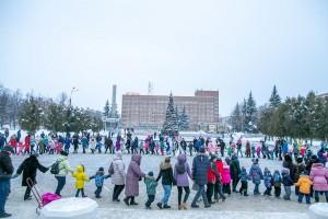 Праздничное гуляние «Фестиваль новогодних персонажей» пройдет в ДК «Октябрь» 1 января