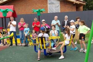 Детско-спортивный игровой комплекс открыли в деревне Булатово