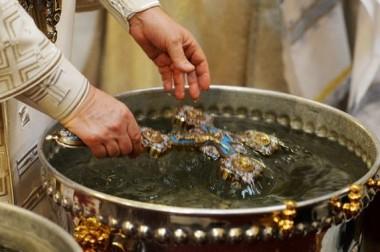 Праздничные богослужения с Великим чином освящения воды пройдут в храмах Большого Подольска 18 и 19 января