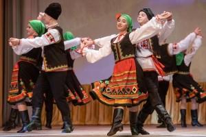 Ансамбль народного танца «Рассвет» Дома культуры «Металлург»