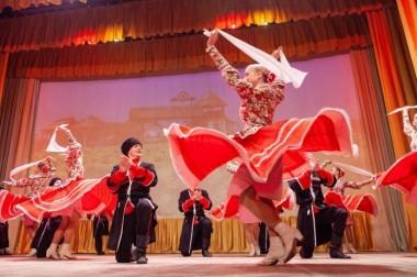 Ансамбль народного танца «Рассвет» Дома культуры «Металлург» 27 февраля представил новую программу